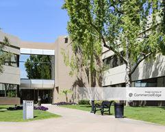 Camelback Lakes Corporate Center - Phoenix