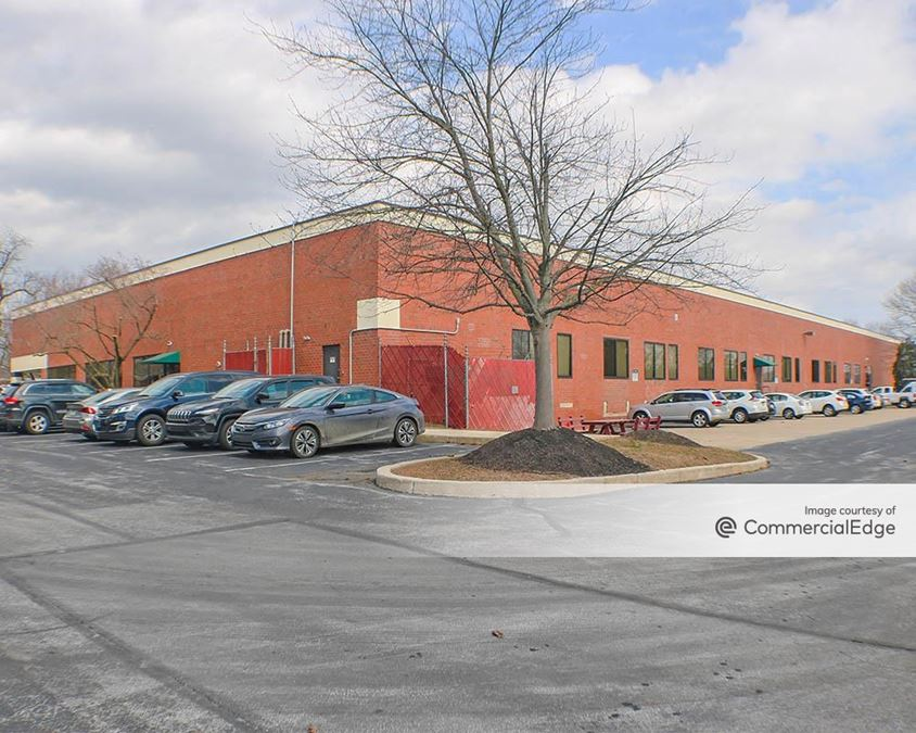 Oaklands Corporate Center - 467 Creamery Way