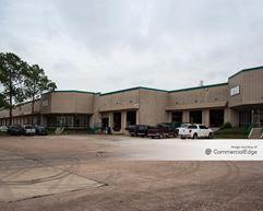 Pine Forest Business Park - Bldg 21 - Houston