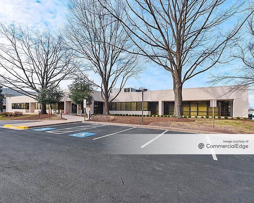 Twelve Oaks Office Park