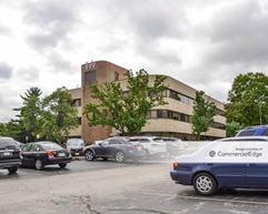 Ballas Medical Office Center - St. Louis