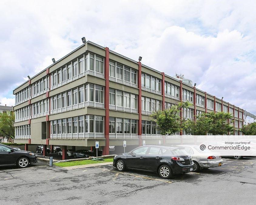 Presidential Plaza - 600 East Genesee Street