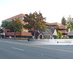 901 West Civic Center Drive - Santa Ana
