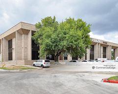 The Apex Plaza - Houston