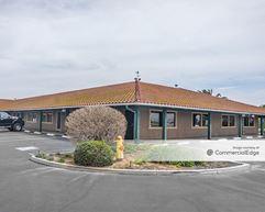 Beacon Hill Office Plaza - Norco