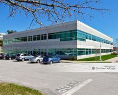 Crosby Corporate Center - Bedford