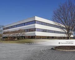 Pennsylvania Business Campus - 120 Gibraltar Road - Horsham