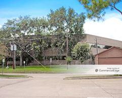 The Glenn Lakes Professional Building - Missouri City