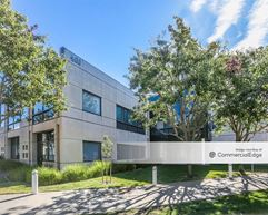 Regatta Commons - 400 Wind River Way - Alameda