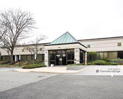 Monmouth Executive Center - Freehold
