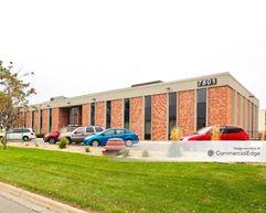 Metro Office Park - 2950-3050 Metro Drive & 7801-7851 Metro Pkwy - Bloomington