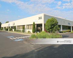 Spectrum Office and Technology Park - 365 Willard Avenue - Newington