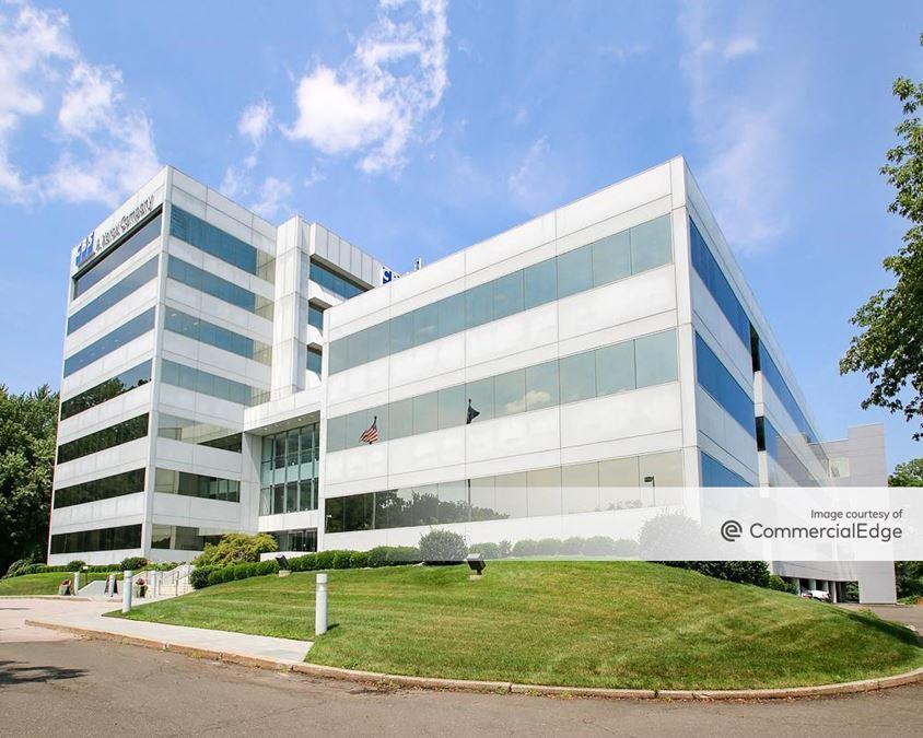 Putnam Park Office Center