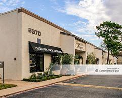 Memorial Design Center - 8564-8572 Katy Fwy - Houston