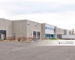 Roselle Center - 1000 Stevenson Court - Roselle