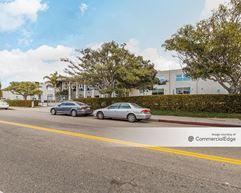 5454 Beethoven Street - Los Angeles