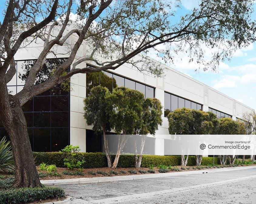Santa Barbara Corporate Center - Mentor Corporation Building 2