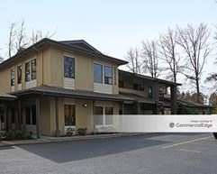 Country Club Professional Center - 895, 921, 923, 925 & 927 Country Club Road - Eugene