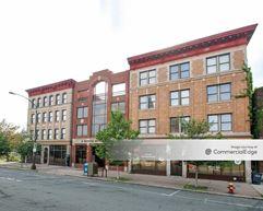Hispanic Health Council Building - Hartford
