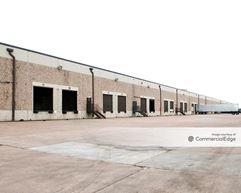 3240 South Loop East - Houston