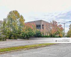 940 Golf House Road West - Whitsett