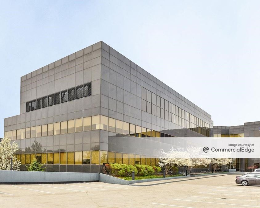 Cleveland Clinic Administrative Campus - Building 4