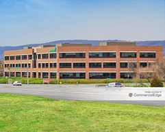 Stabler Corporate Center - Saucon Valley Plaza - Center Valley