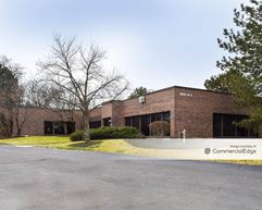 Naperville Office Court - Naperville