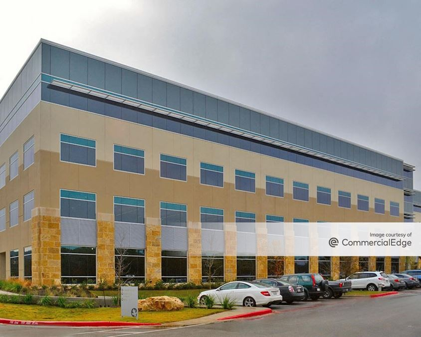 Encino Trace - Building Two
