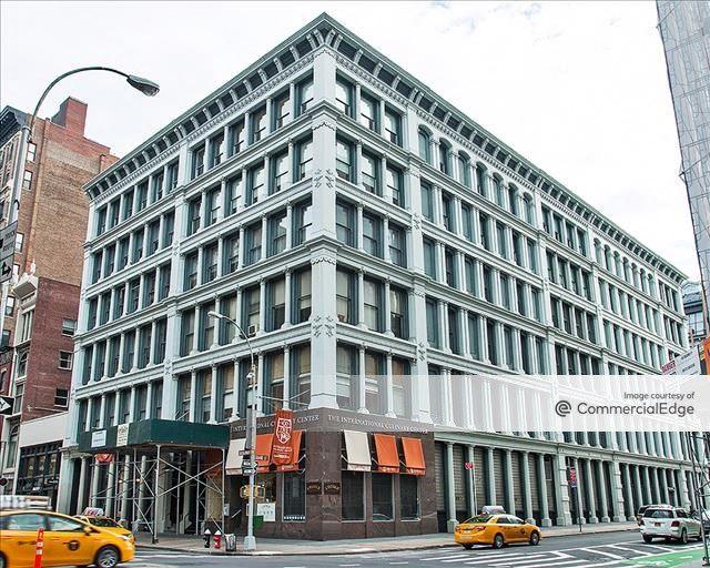 462 Broadway