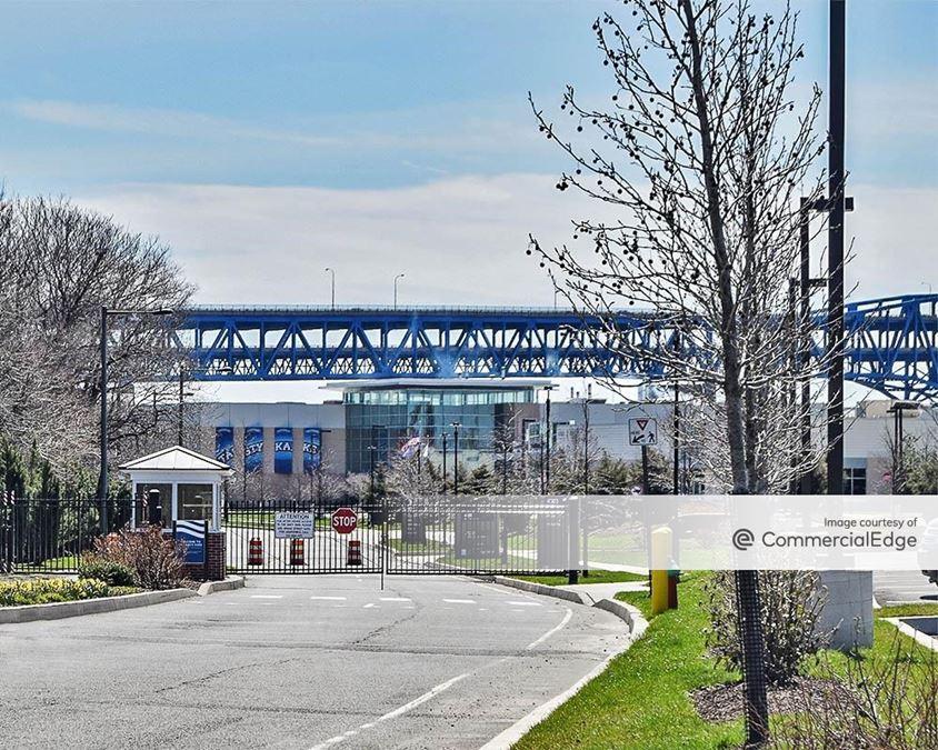 The Navy Yard - 4701 League Island Blvd