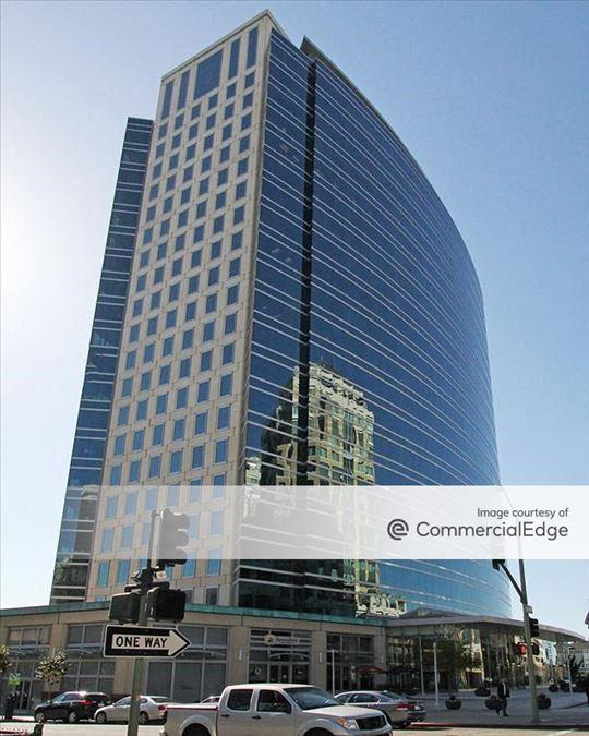 555 City Center