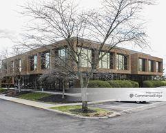 Executive Center - Worthington