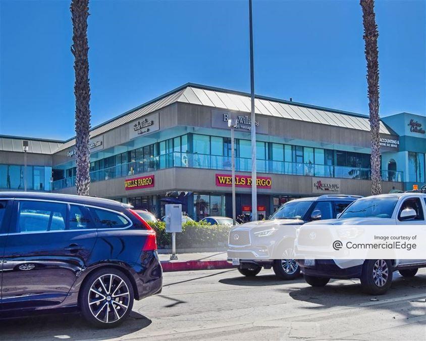 Marina Collection Shopping Center