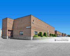 Antico Industrial Park - 101, 102, 104 & 110 Clematis Avenue - Waltham