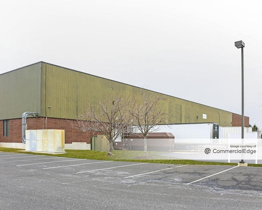 Iron Run Corporate Center - 6755 Snowdrift Road
