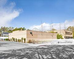 121 Sotoyome Street - Santa Rosa