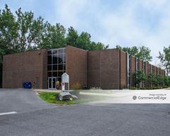 Macknight Bacon Professional Center - East Syracuse