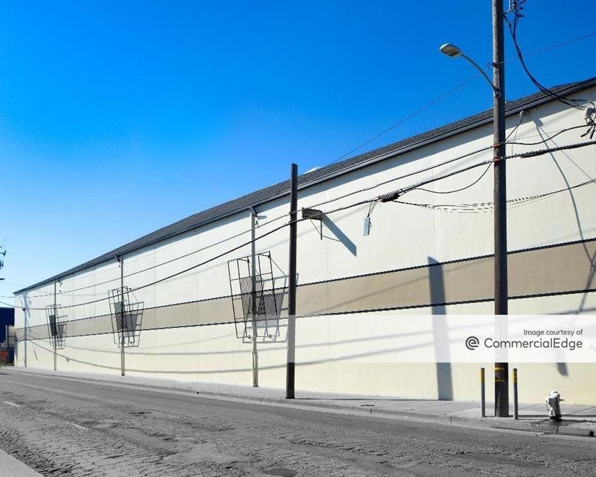 6195 Coliseum Way