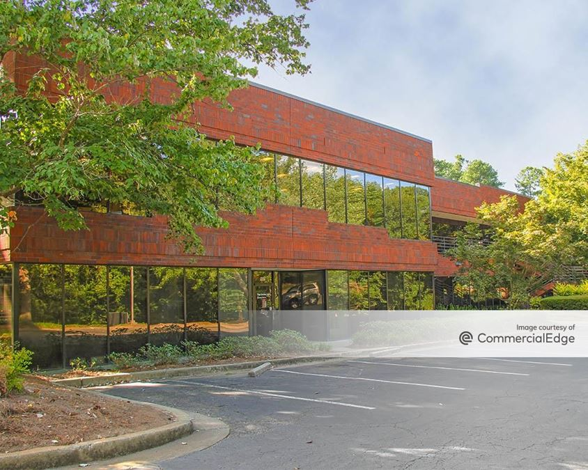 Phoenix Business Campus - 1669 Phoenix Pkwy